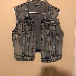 Jackets & Blazers - Sleeveless jean jacket
